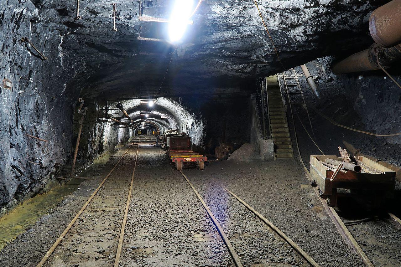 Gonzen_Mine_-_Main_Station_(26907663294)